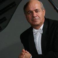 This Spring -  pianist Enrique Graf returns!